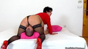 Slave, Femdom, Pov, Mistress, Huge, Mommy, Face sitting